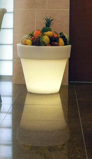【ライト付きプランター】Serralunga スタンダードプランター(M/Lサイズ)