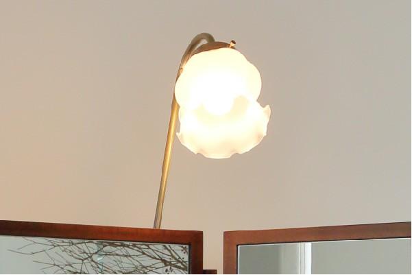 かわいいライト、女優ミラーよりもやわらかい明かり、メイクアップのサポートライト