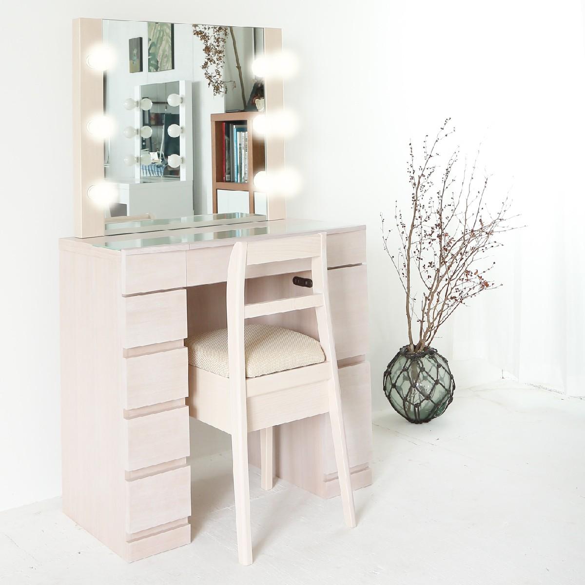 一面鏡の高級ドレッサー、高級家具、職人の丁寧な仕事