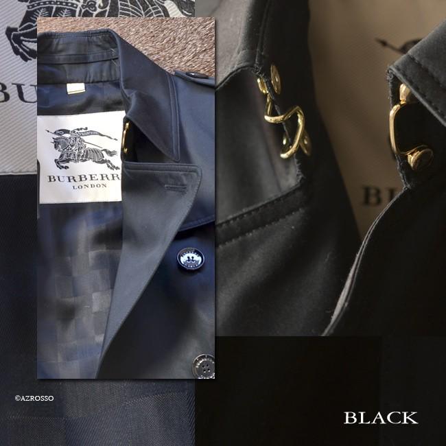 クラシックな「LONDON」ラインらしくボタンやバックルはすべてブラックに統一された中、唯一、襟元のフックのみが、鮮やかなゴールドに。落ち着きすぎない華やかさを与えます。