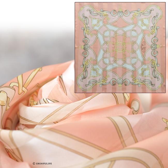 横浜スカーフ ジェシカベース 88x88 シルクサテンストライプ フレンチ柄 ベルト柄 シルク100% 日本製 敬老の日 母の日 誕生日 プレゼント 結婚式 フォーマル パーティ 入卒式 ピンク