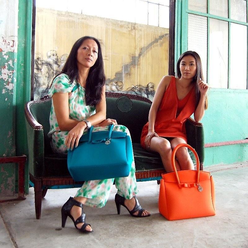 SKIMP ウェットスーツ素材バッグ ブルー オレンジ1 軽量 撥水