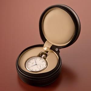 正美堂 マーヴィン オリジナル懐中時計 ジッパーで開閉が可能