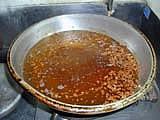 大勝軒特製ラー油生姜汁入れ