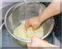 ゆで麺洗い