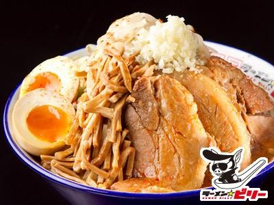 ラーメン☆ビリー 豚増ラーメン辛魚粉付