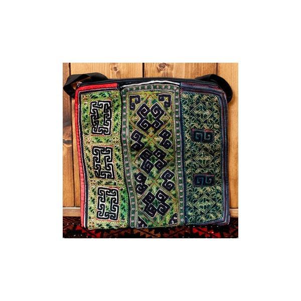 ショルダーバッグ モン族 バック 刺繍 (一点物)モン族刺繍のスクエアショルダーバッグ インド かばん ポーチ エスニック アジア tirakita-shop 32