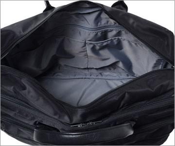 PC収納付き出張用バッグ