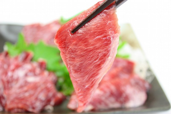 まぐろほほ肉刺身盛りアップ2