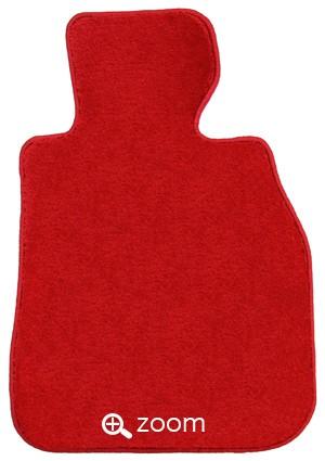 フロアマット『レッド(赤色)』 ※画像のマットは、サンプルマットです。実際のマットは、お車に合った形となります。