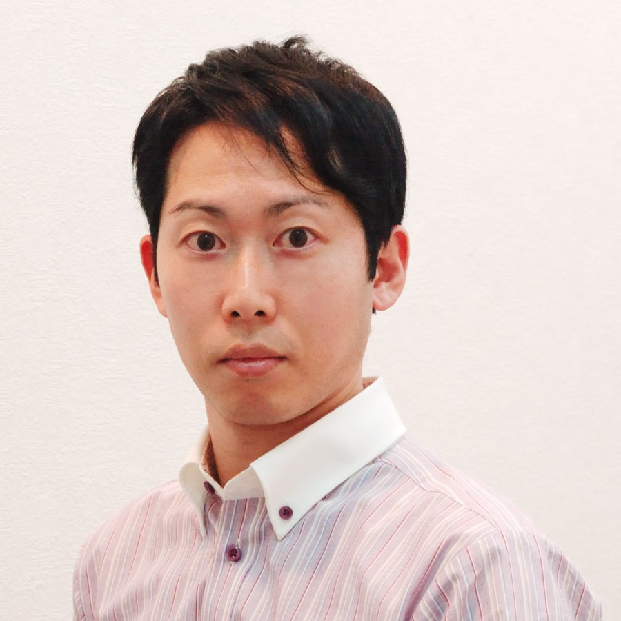 皆様のご担当をいたしております横田 伸之です