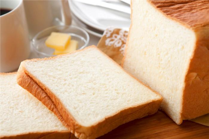 過激な牛乳食パン2個セット