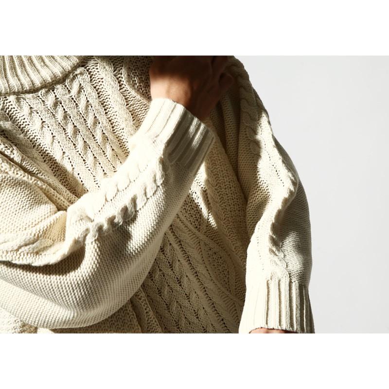 寬版麻花毛衣